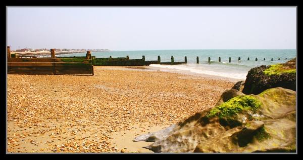 Felpham Beach by catnappin