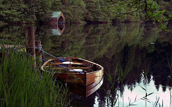 Loch Ard Boathouse by gemeit