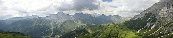 Dolomite Panoramic by bathrav