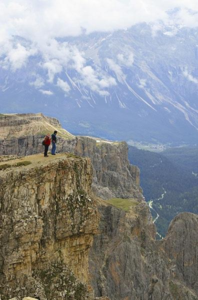 Dolomite Cliff by bathrav