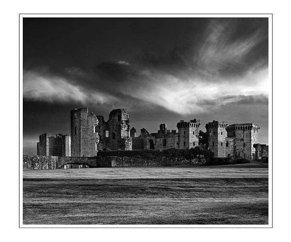 Raglan Castle by chesh