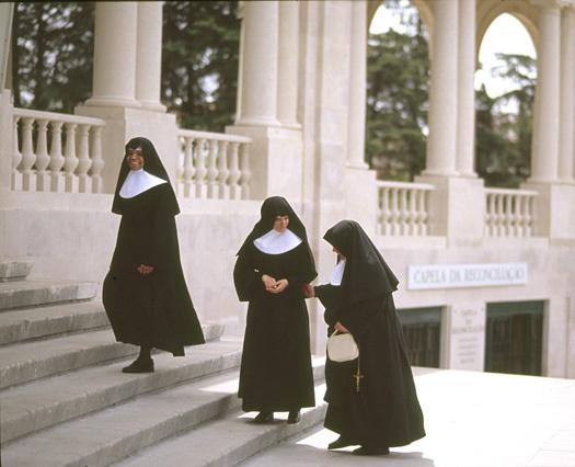 Catholic nuns of Fatima by neil john