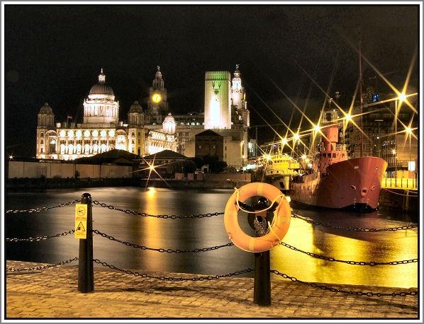 albert dock by newy17
