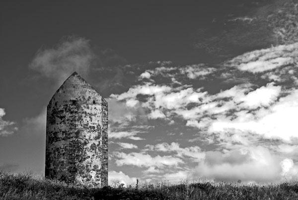 Monolith by RhysB