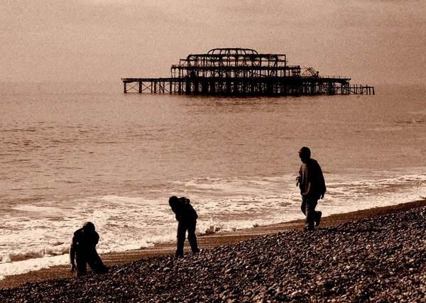 3 boys and a pier by saviour99