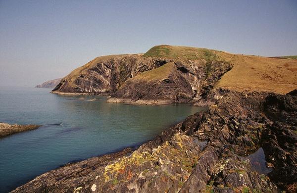 Ceibwr Bay, North Pembrokeshire by ckristoff