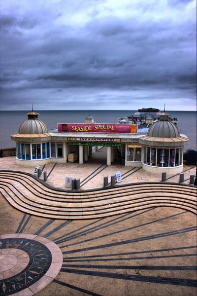 Cromer pier by summ3r