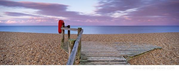 Chesil Beach by davidentrican