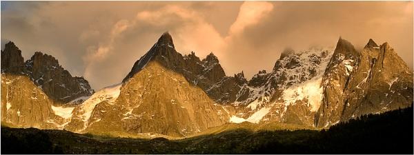 3 Peaks at Sunset. by Hoffy