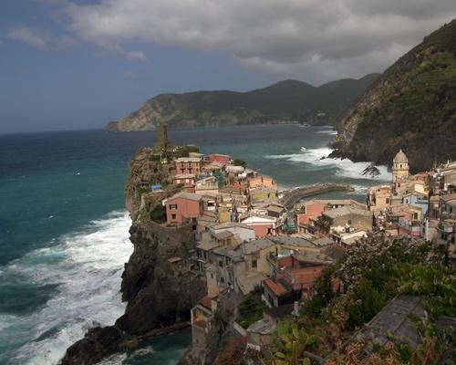 Vernazza, Cinque Terre by skoffs