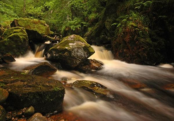 Wide-angle Waterfall by u47sb2