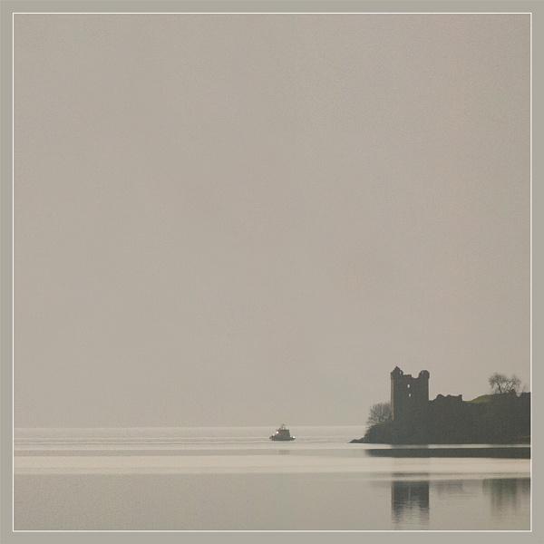 Urquhart Castle by RockArea