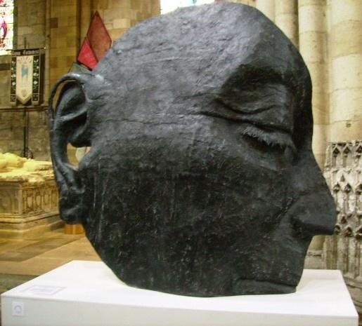 Head by thebleezer