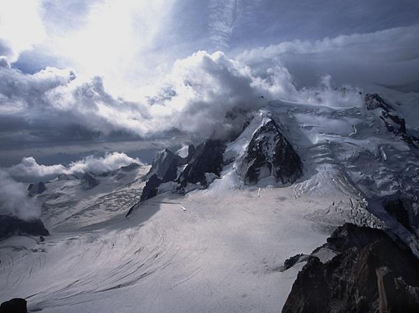 Mont Blanc du Tacul by Jools_jti