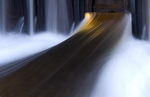 Fluid light by jaktis