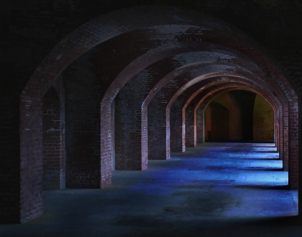 Eerie Fort Point Tunnel by liparig