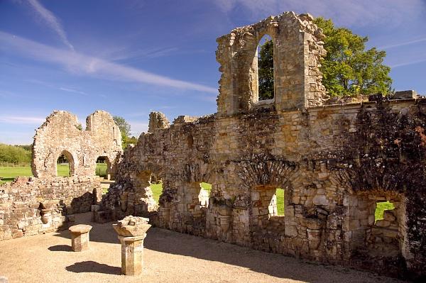 Bayham Abbey by Sezz