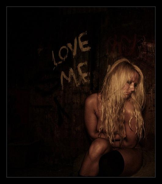 - love me - by Uppercut