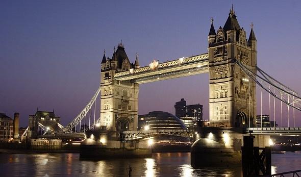 London Bridge by PP