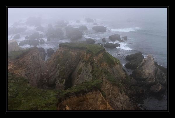 Mendocino Fog by liparig