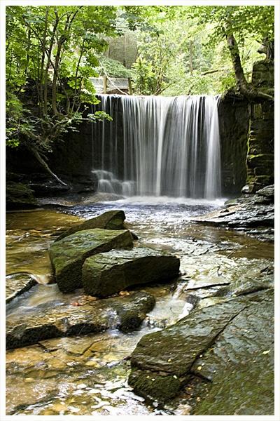 Clwyedog Falls by robway