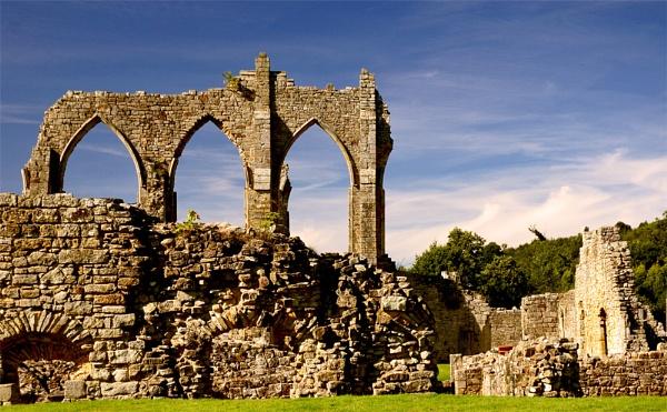 Bayham Abbey II by Sezz