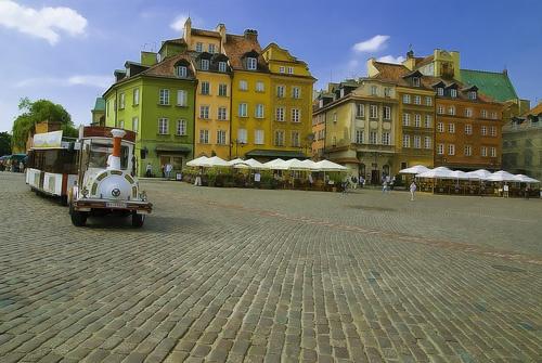 Old Town, Warsaw by Strobekid