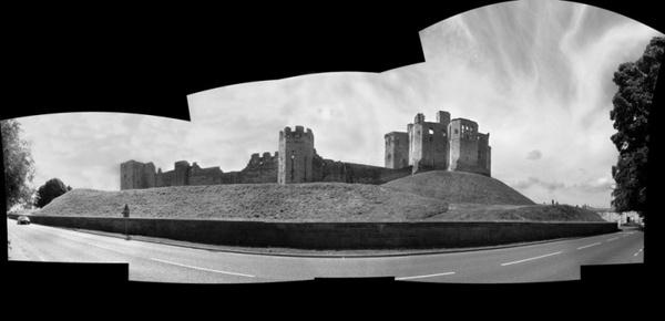 Warkworth Castle by DunDiggin