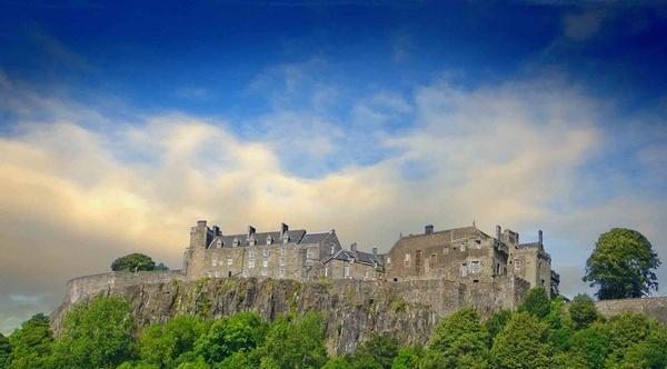 Stirling Castle by sandyd