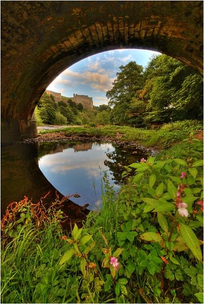 Richmond Castle by digicammad
