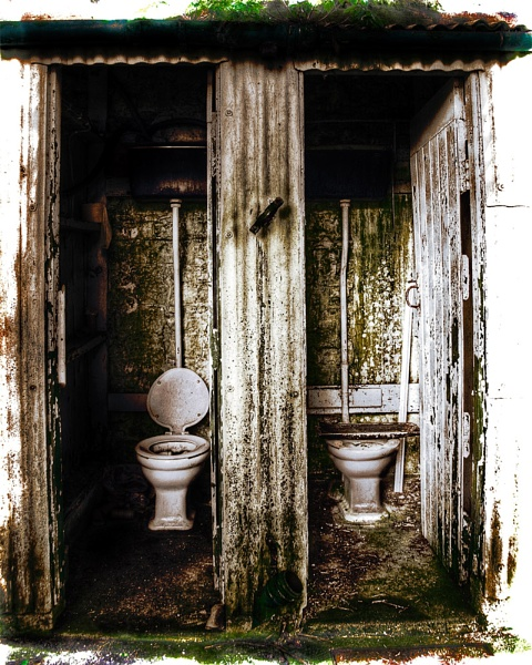 The Restroom2 by paulcr