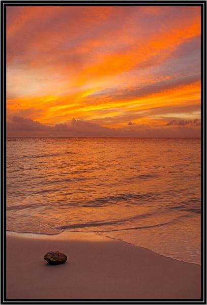 Maldive Sunset by Beta1