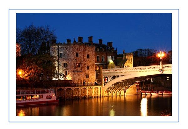 Lendal Bridge at night by GlynnisFrith