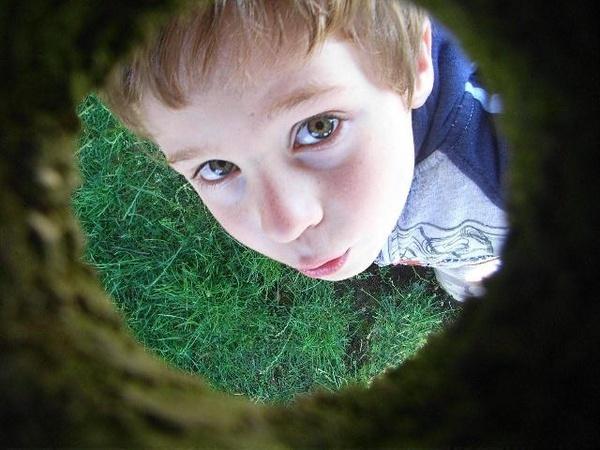 Through a Hole by JoeBo