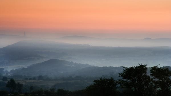Dawn at Mow Cop by waymol