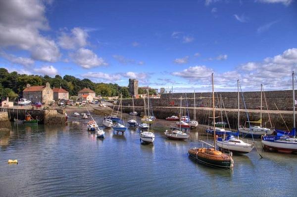 Dysart Harbour by naifud