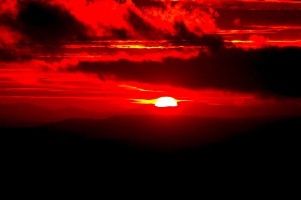 Sunset over Llangollen by pgurnett