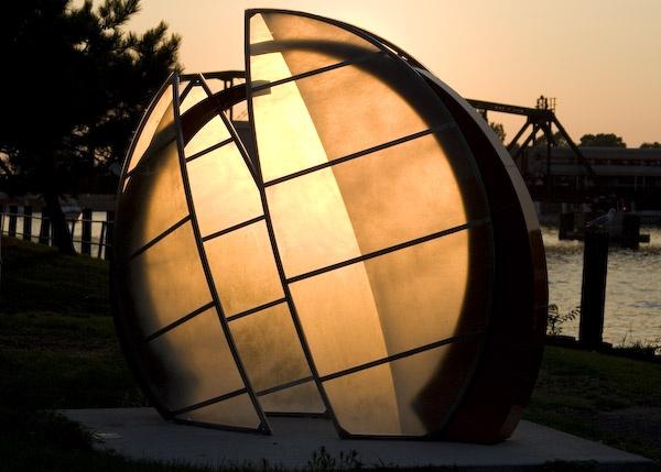 Golden Globe by Axxl