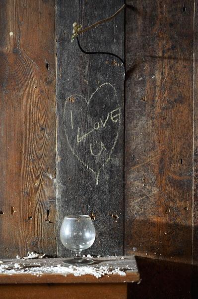 Pub wall... by pikey