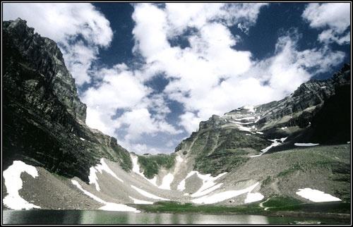 Sentinel Pass, Alberta by bryan27