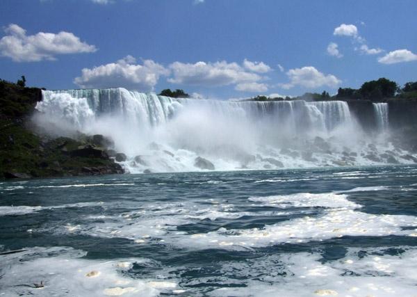 American Niagra Falls by Redbull