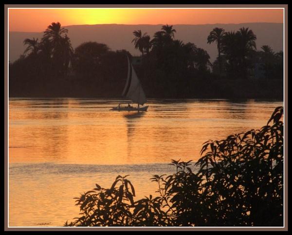 Egyptian Sunset by moglen