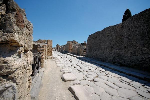 A Street in Pompei by Phil_Warr