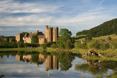 Stokesay Castle by freybird