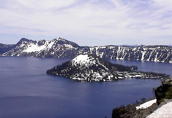 Crater Lake by themoabird