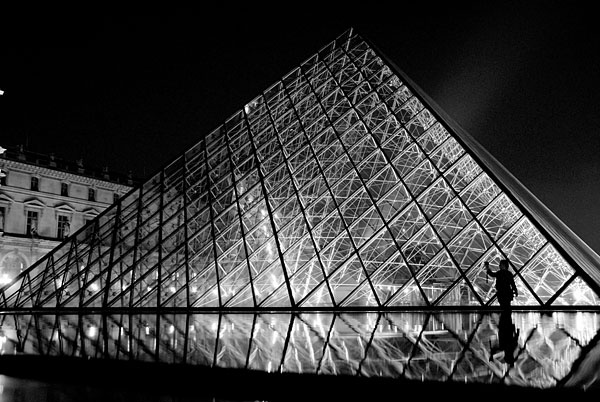 Taking The Pyramid by wiktorg