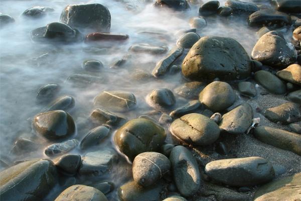 Loch Ryan Pebbles by FeePhoto