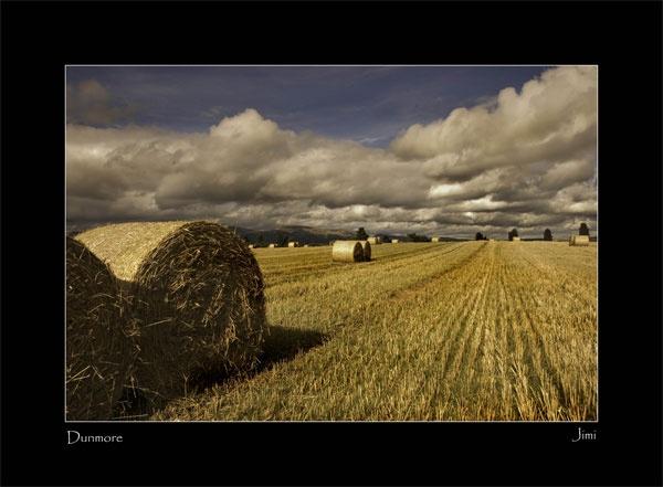 Dunmore Bales by Mrmojo