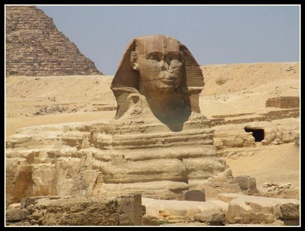 Sphynx at Giza by moglen
