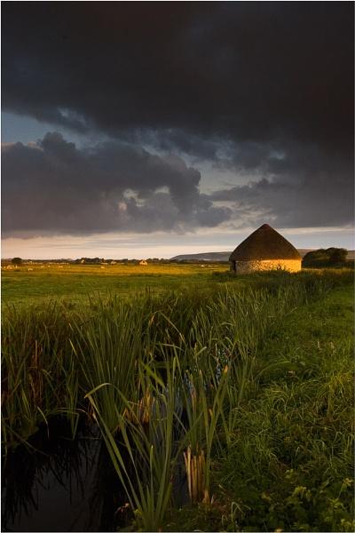 Sheep Hut on Braunton Marsh by BigCol